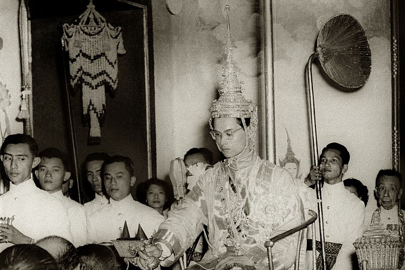 King_Rama_IX_being_presented_with_regalia_at_coronation.jpg